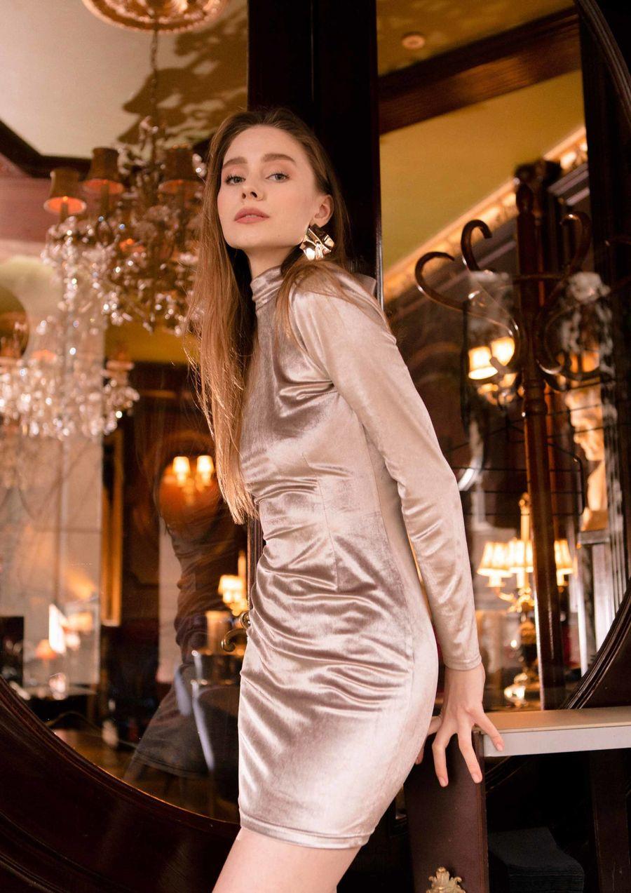liquid gold Eveningwear Dress velvet your musa Сastel skiny silhouette