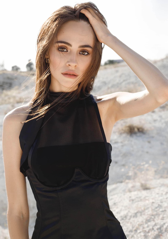BLACK CORSET Eveningwear satin your musa minimal fashion style