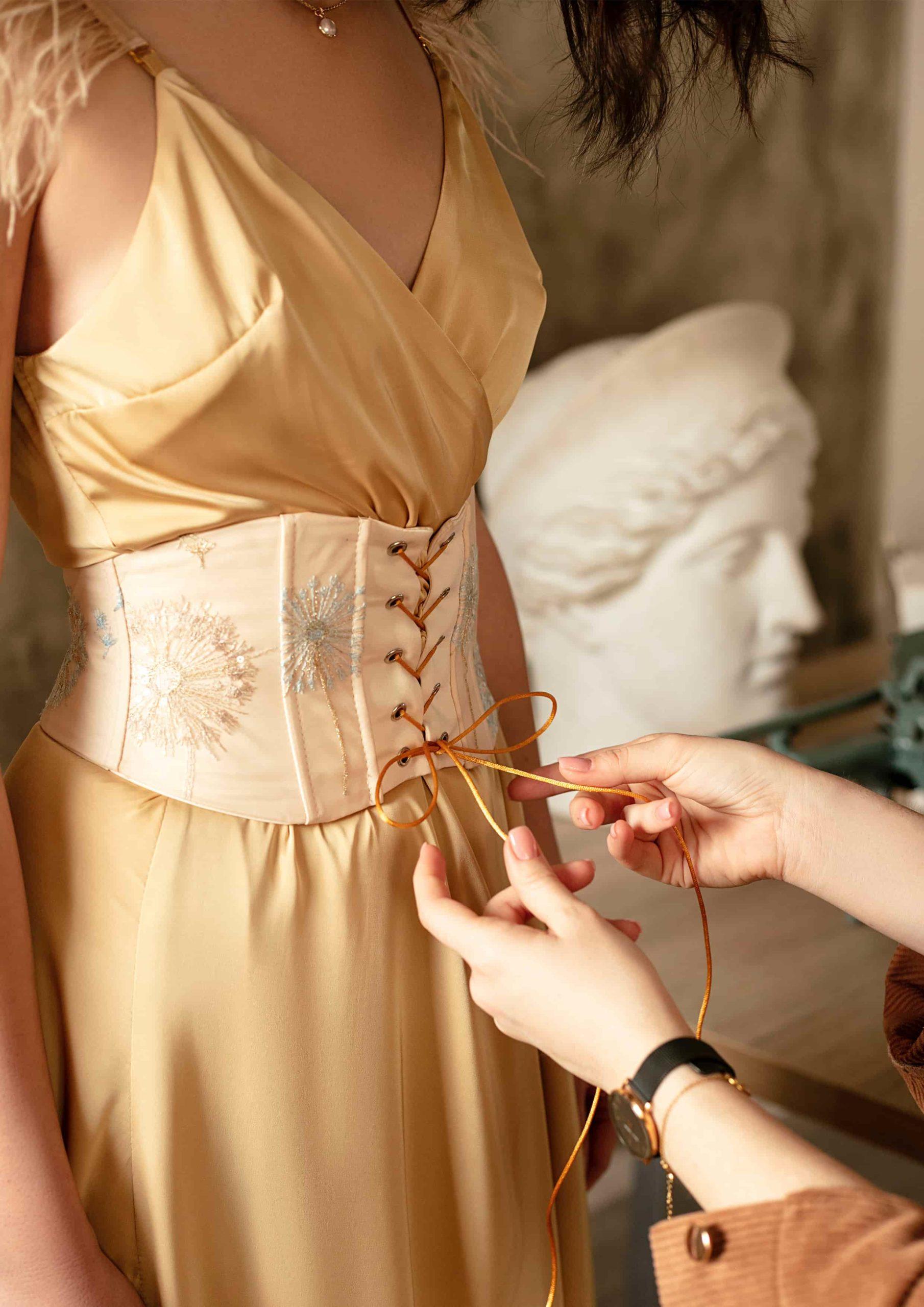 Golden Hour Dress elegant fashion style your musa la musa model 2020 2021