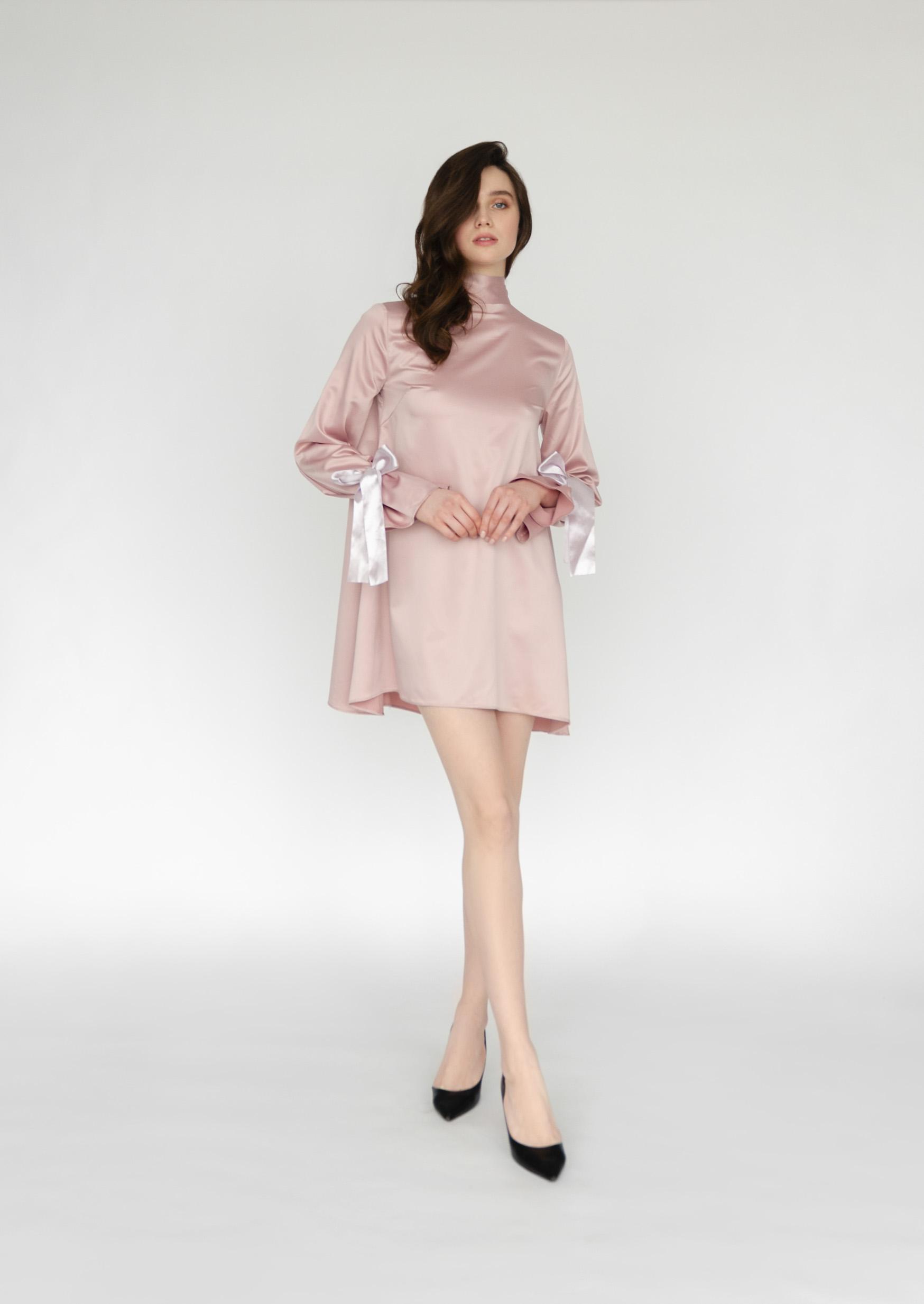 Pink pearl dress satin sexy short backless bridesmaid dress