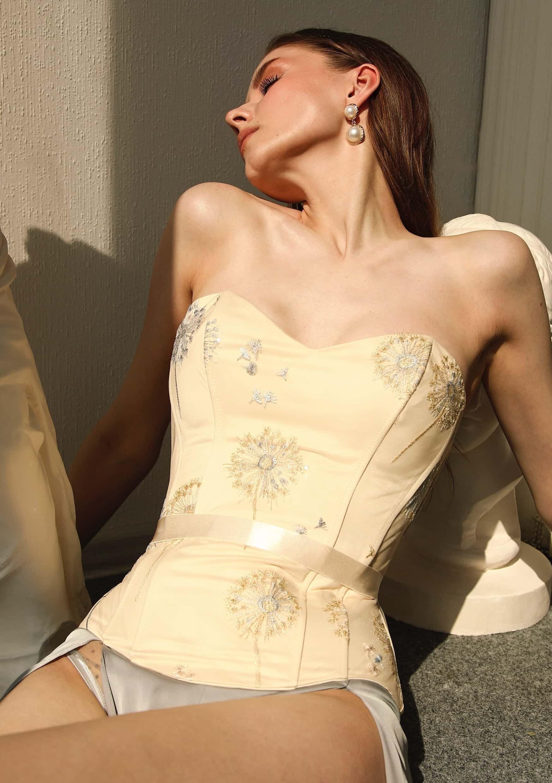 sunlight corset